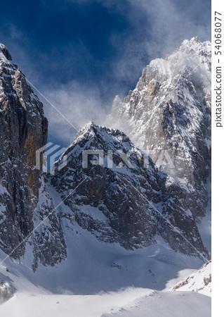 中國麗江玉龍雪山 中国観光スポット China Jade Dragon Snow Mountain 54068077