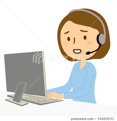 컴퓨터 콜센터 여성 블라우스 곤란 얼굴 54069551