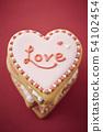 心臟結冰曲奇餅紅色背景 54102454