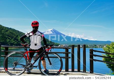 ride a bicycle in Mt Fuji kawaguchiko 54109244