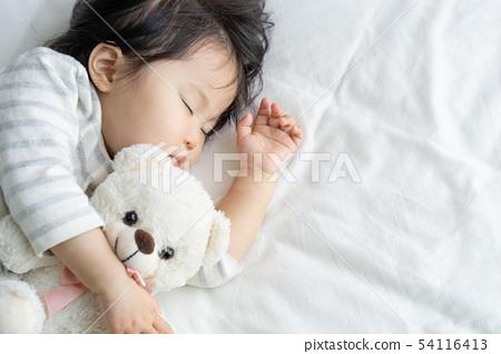 孩子午睡 54116413