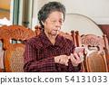 老人 奶奶 手機 科技 生活方式 社交媒體 elderly smartphone お婆さん スマホ 54131033