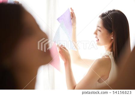 女人聚會準備 54156823