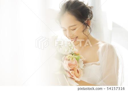 여성 신부 54157316