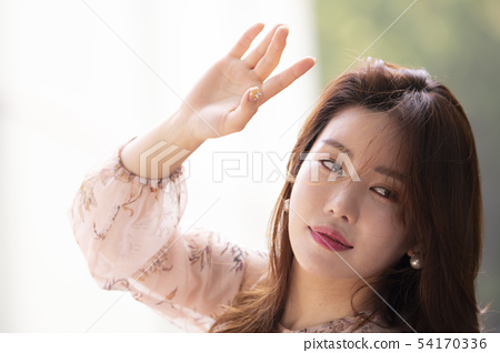 握手的婦女握手握手的婦女 54170336