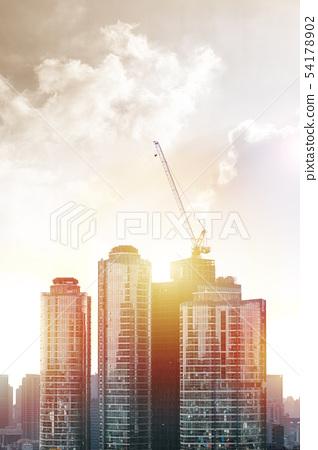 건축과 빌딩,  도심의 건축배경과 크레인 54178902