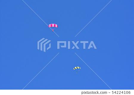 高空跳傘 54224106