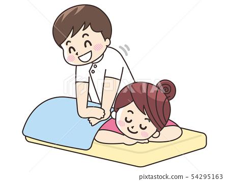 执行治疗的女按摩师的人 54295163