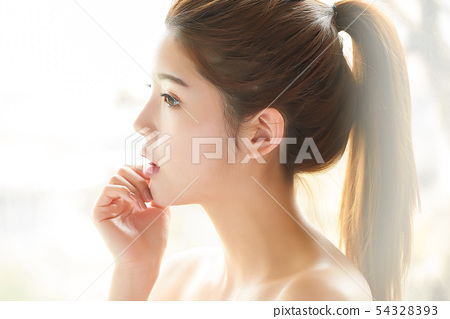 Women beauty 54328393