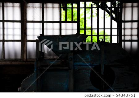 窗 54343751