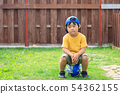 孩子男孩庭院戲劇足球 54362155