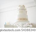 創意婚禮蛋糕與蛋白杏仁餅乾協調 54366340