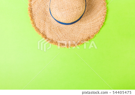Flat lay composition with Beach accessories 54405475