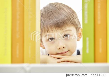 유아,어린이,키즈,책,독서,공부,학습,교육,비즈니스맨 54411958