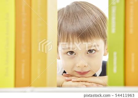 유아,어린이,키즈,책,독서,공부,학습,교육,비즈니스맨 54411963
