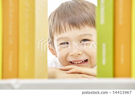 유아,어린이,키즈,책,독서,공부,학습,교육,비즈니스맨 54413967
