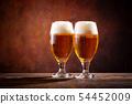 與啤酒敬酒 54452009