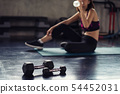 drink water after dumbbell muscle exercise 54452031