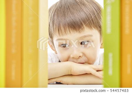 유아,어린이,키즈,책,독서,공부,학습,교육,비즈니스맨 54457483