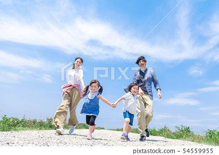 Family, blue sky, run 54559955