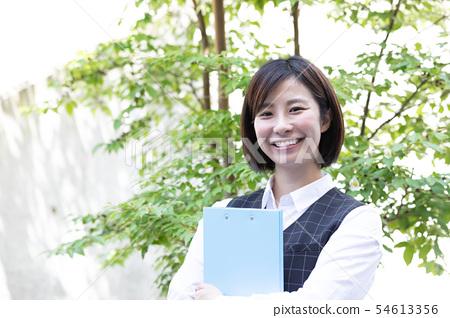 Business clerk portrait 54613356