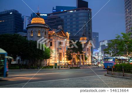 Bank of Korea night view 54613664