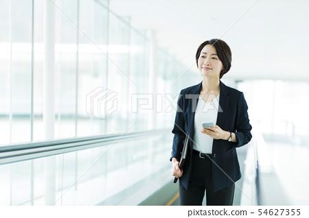 비즈니스 사무실 사업가 여성 오토 슬로프 54627355