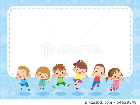 孩子們精力充沛地跳出來[藍色] [橫向] 54629549