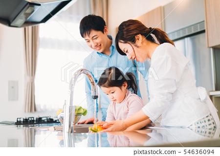 가족 젊은 가족 54636094