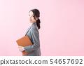 정장 20 대 여성 (분홍색 배경) 54657692