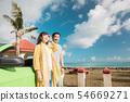 해외 여행 이미지 해변 바다 오픈카 인물 54669271