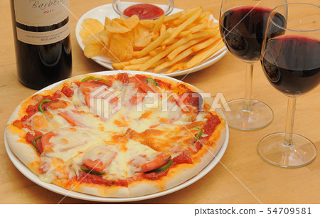 Pizza with potato and wine 54709581
