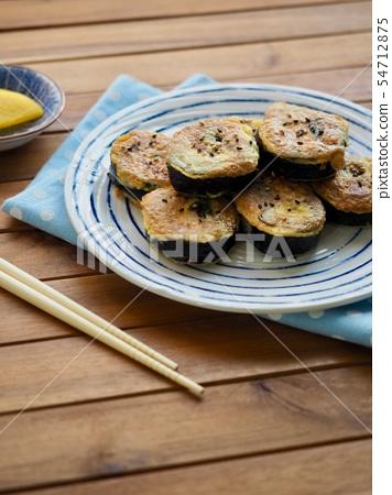 한국의 음식 김밥 계란구이  54712875
