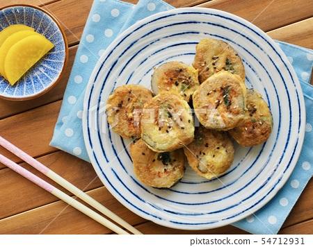 韓國食物用萬向節雞蛋烤 54712931