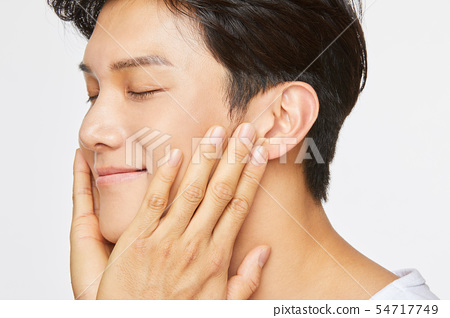 Men men's beauty 54717749