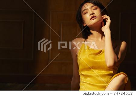 美容对比温暖的颜色 54724615