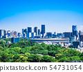 東京新國家體育場和東京市中心的都市風景 54731054