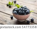 Fresh sweet blueberries 54773358