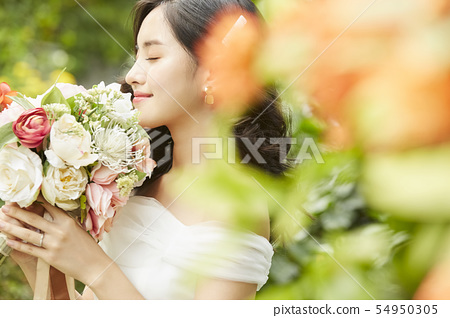 女性新娘形象 54950305