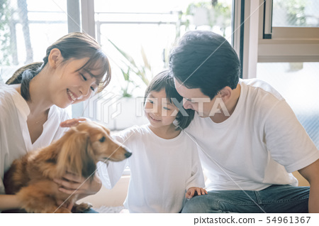 Life with a dog Family 54961367
