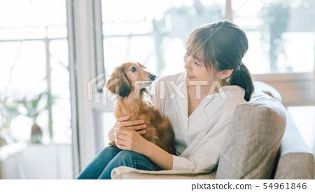 生活與狗女人 54961846