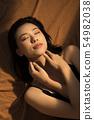 Beauty contrast 54982038