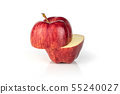 Apple red delicious isolated on white 55240027