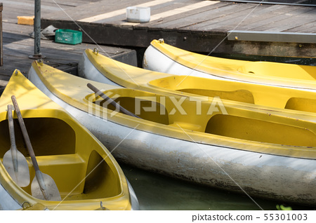rental rowboats in the lake 55301003