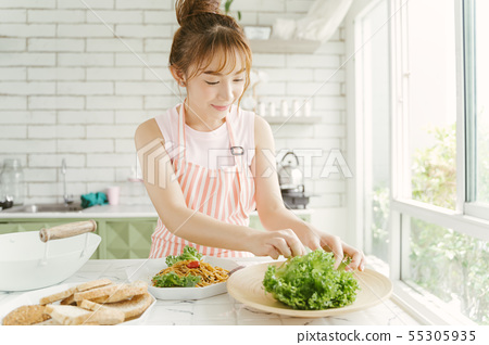 女性生活美食 55305935