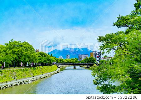 We look at Sakurajima from Kagoshima city 55322286