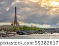 Heavy Clouds over Paris 55382617