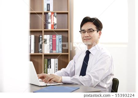 비즈니스맨,사무실 55393224