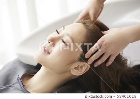 女性的頭髮護理 55401018