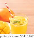น้ำผลไม้มะม่วงฤดูร้อนเครื่องดื่มมะม่วงสดฉ่ำ ju ンゴージュースマママンンーー 55413167